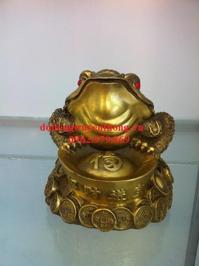 Bài trí cóc bằng đồng sao cho đúng với phong thủy-dodongtruyenthong.vn