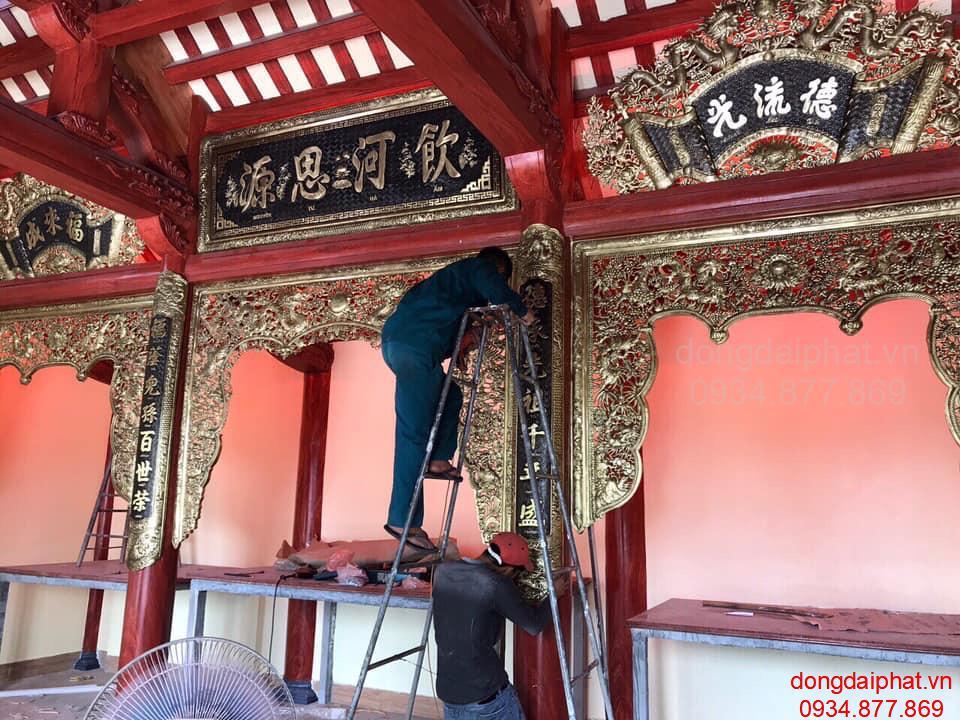 Sản xuất án gian bằng đồng nguyên chất treo phòng thờ tại chùa