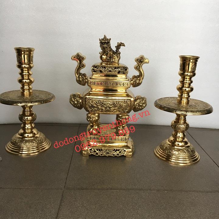 Bán lư đồng và chân đèn vĩnh tiến cao 32 cm cho bàn thờ nhỏ