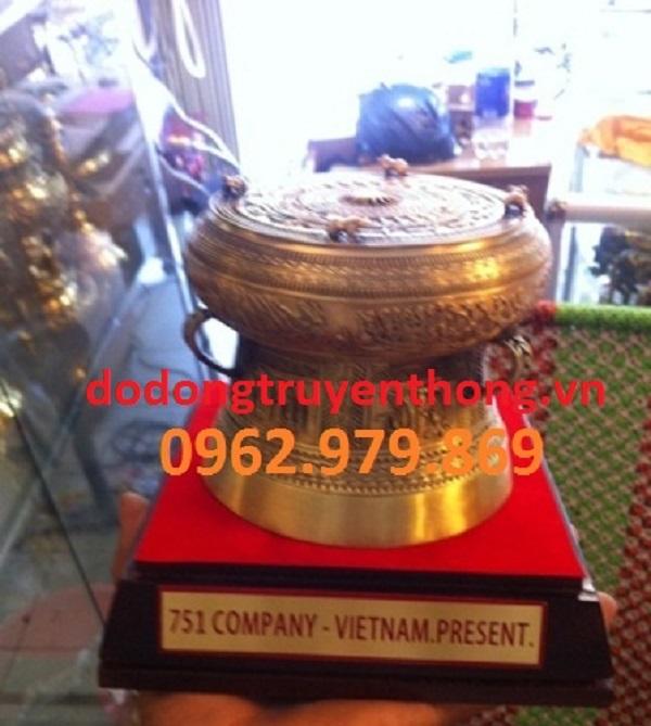 Trống đồng lưu niệm 10cm-dodongtruyenthong.vn