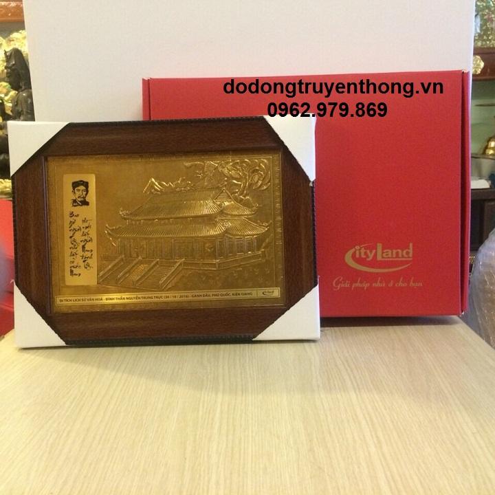 Tranh đồng lưu niệm tặng khách hàng Tại Phú Quốc